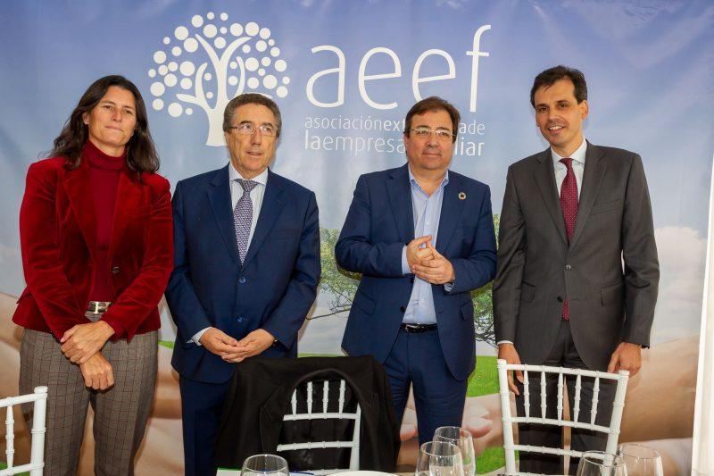 El Presidente de Extremadura con la Empresa Familiar