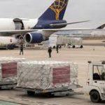 Inditex dona mascarillas y otro material de protección, ofrece su red logística y preservará el empleo